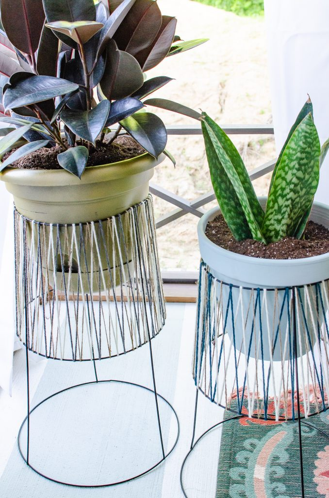 upcycled tomato cage diy plant stands