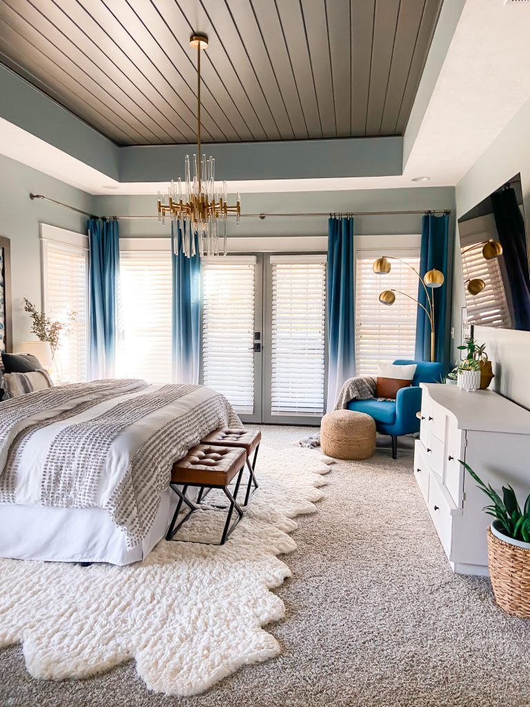 Master Bedroom Curtains in blue ombre design