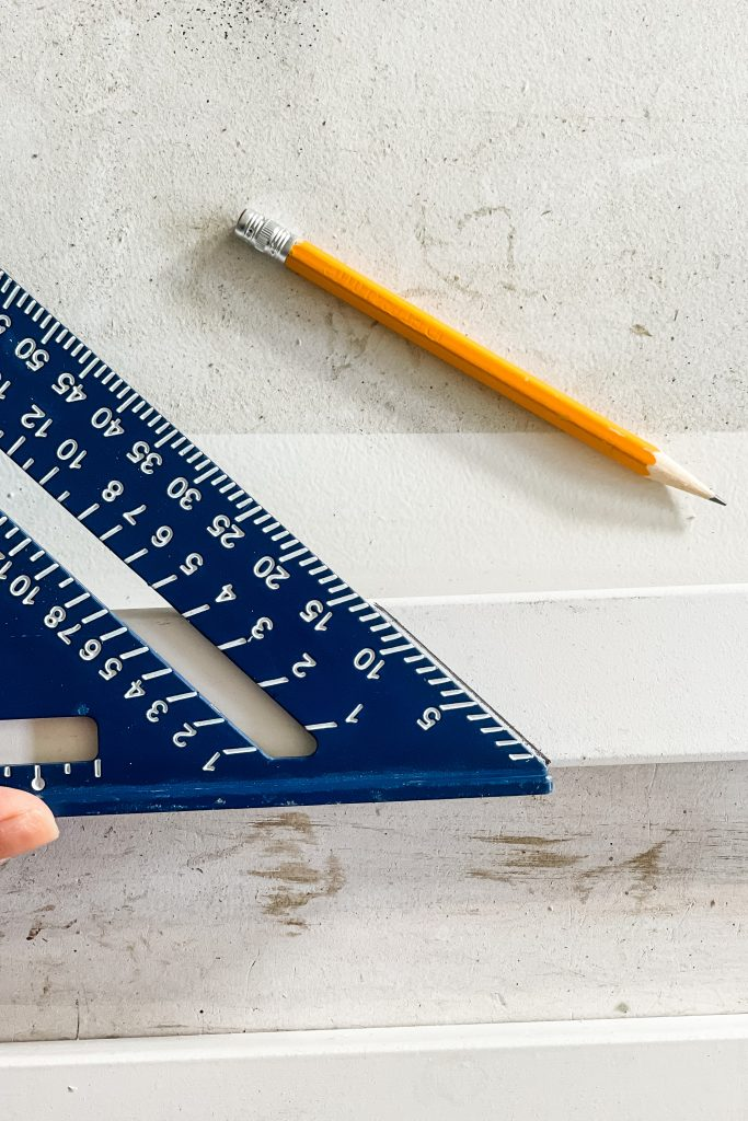 Speed Square for Measuring | Beginner DIY Projects on HauteHouseLove.com