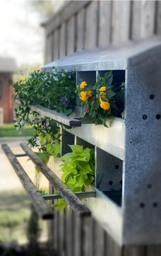 metal plant holder outdoor farmhouse style