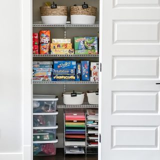 What is the hardest space in your home to keep organized??  Having an organized home is no easy task, but it's one of the best things I have done to help keep my anxiety levels down.   We've been talking pain points related to organization + kids and yesterday I shared in stories how I've have to change my methods AND mindset in my 10 years of parenting.  I also published a blog post sharing 7 Home Organizing Mistakes You Are Making Right Now!   Taking on mistakes 4 & 5 have been pivotal for me!!! Which one resonated with you?  Link in bio.  #homeorganization #closetorganization #organizedlife #organizedhome  #thehomeedit #organizedmom