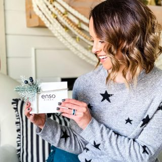 Have you reached Christmas Gift burnout?? You know, when you stop buying gifts and just grab gift cards for everyone else on your list?!? I'm totally there!   Luckily, my friends @ensorings have you covered offering 15% off gift cards with the option to send to the  recipients email on any day of your choice!   Use my code HAUTEHOUSELOVE for an additional 20% off which means a $50 gift card is only $32!   LINK IN BIO #ensorings #ensogoes